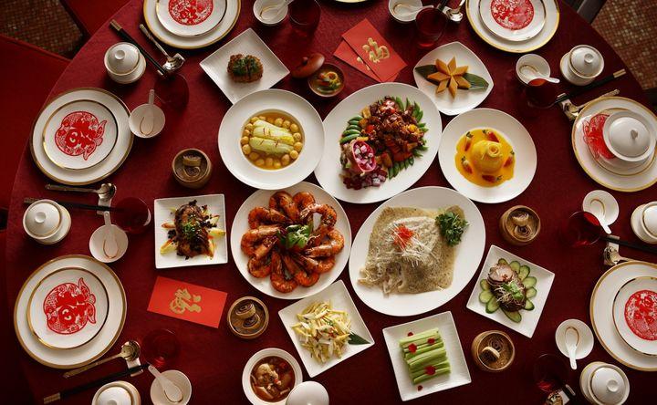 Новогодний стол китайцев