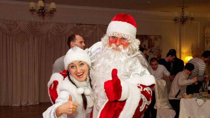 Снегурочка и Дед Мороз на корпоративе