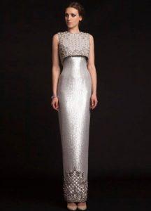 Серебристое новогоднее платье 2020 года