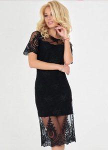 Стильное платье-футляр с кружевами на Новый 2020 год