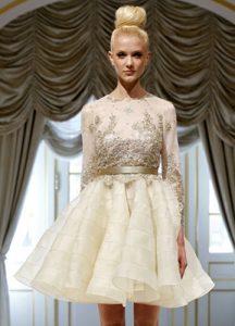Белое платье бэби-долл на Новый 2020 год