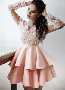 Розовое платье бэби-долл на Новый 2020 год