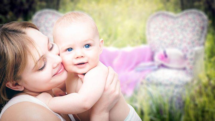 Ребенок и мама