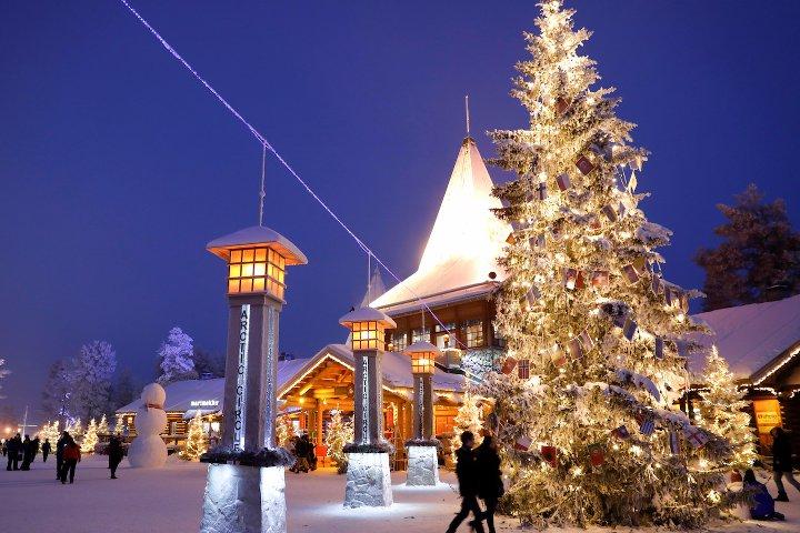 новогоднее украшение улиц в финляндии