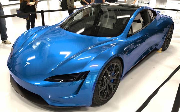 Презентация Tesla Roadster 2020 года