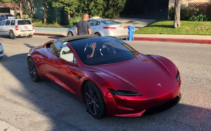 Экстерьер Tesla Roadster 2020 года