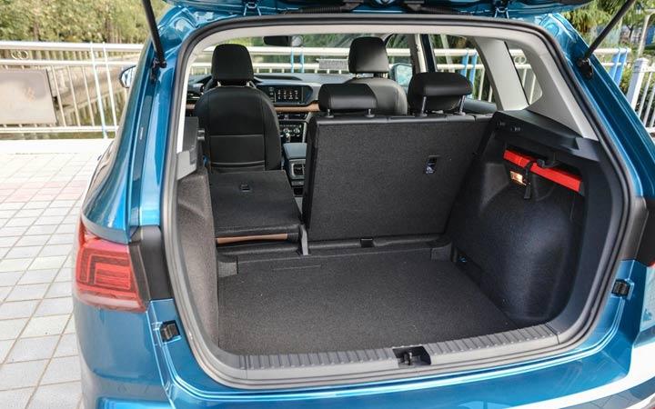 Багажник нового Volkswagen Tharu 2020