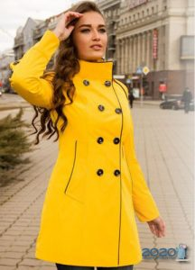 Модное пальто в желтых тонах 2019-2020