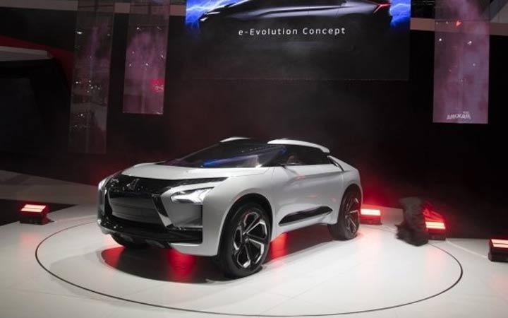 Кроссовер Mitsubishi e-Evolution 2020