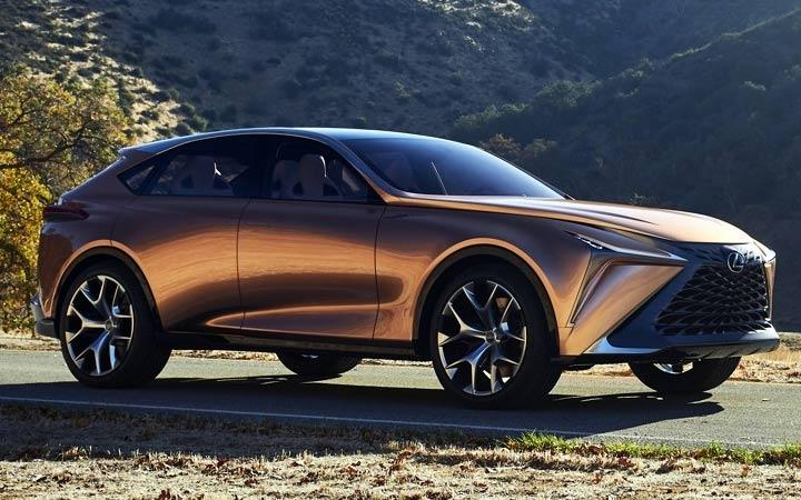 Кроссовер Lexus 2020