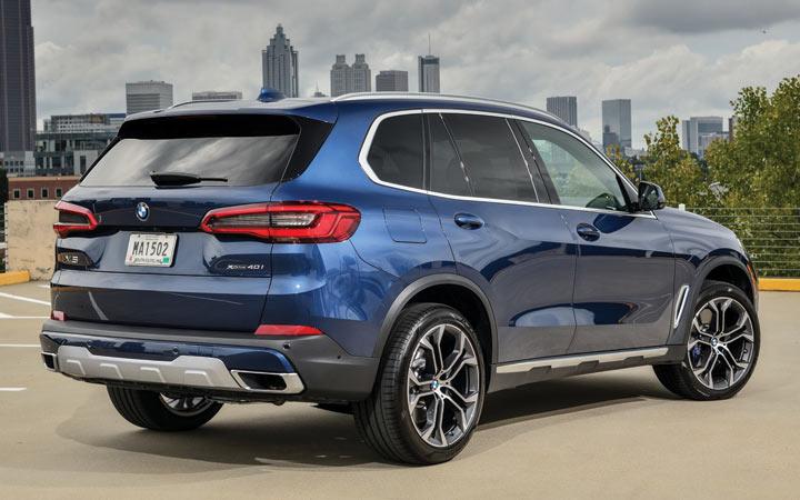 Кроссовер BMW X4M 2019-2020 года