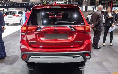 Экстерьер Mitsubishi Outlander 2019-2020 года