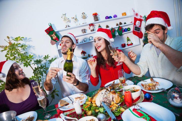 Веселая компания на Новый год