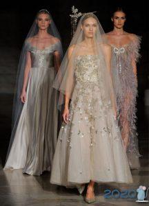 Цветное свадебное платье 2020 года