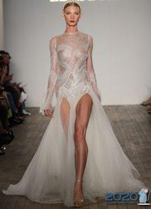 Открывающее ноги свадебное платье мода 2020 года