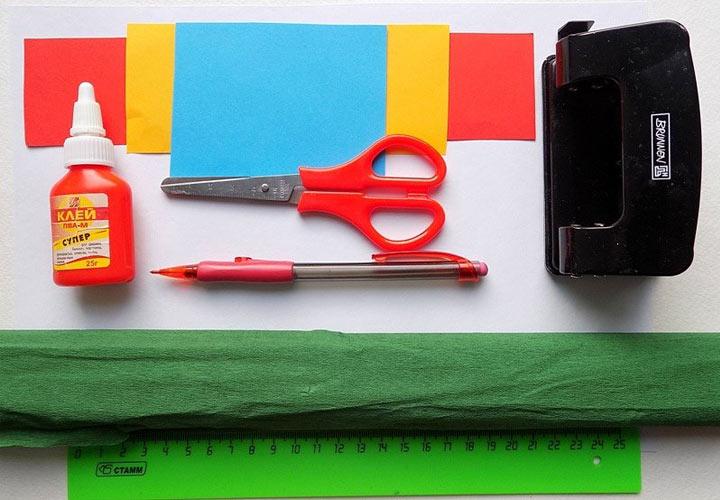 Как сделать елку из гофрированной бумаги
