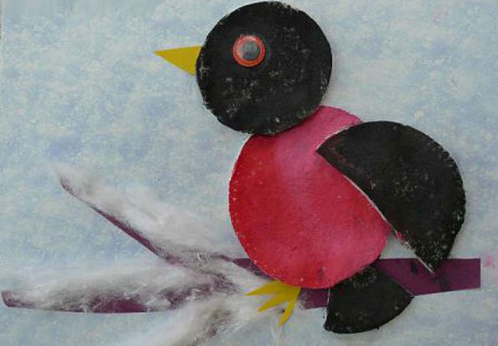 Аппликация птичка из ватных дисков