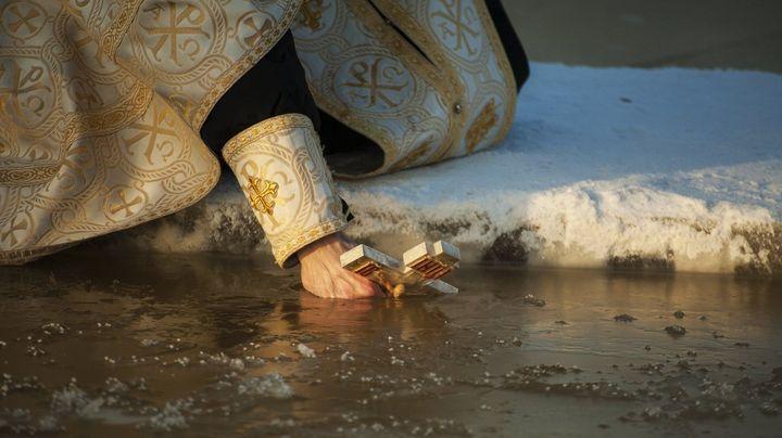 Крещенская прорубь
