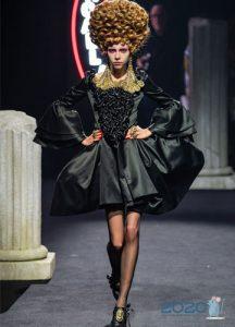 Платье Moschino зима 2019-2020