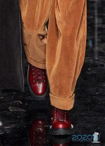 Мужские туфли винного цвета осень-зима 2019-2020
