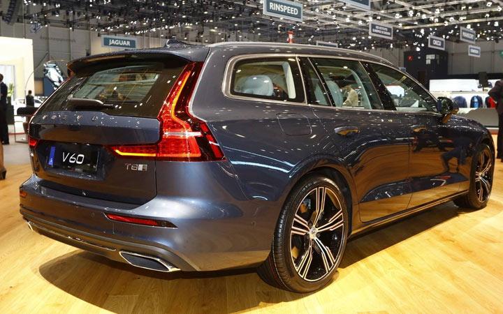 Универсал Volvo V60 2019-2020 года