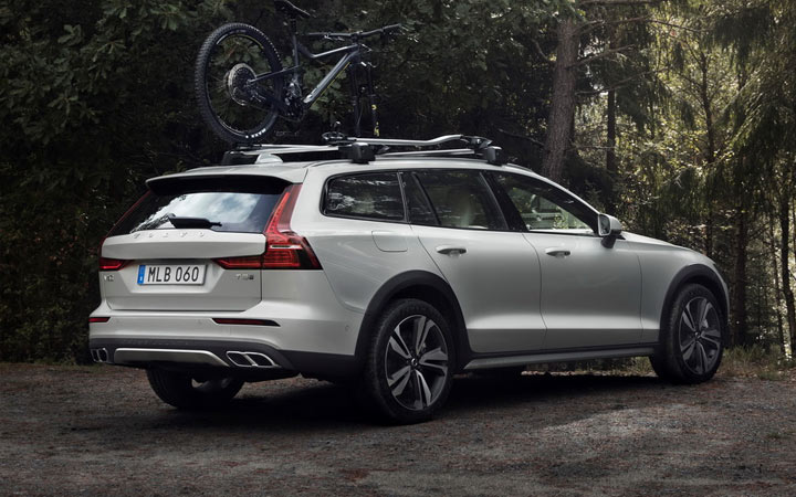 Volvo V60 Cross Country 2019-2020 года