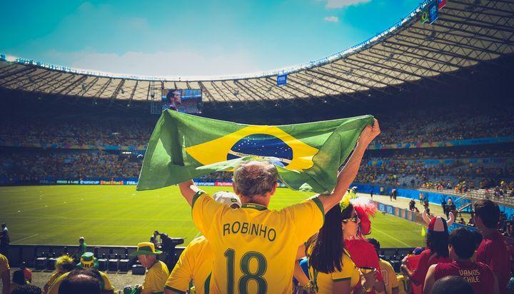 Футбол на стадионе