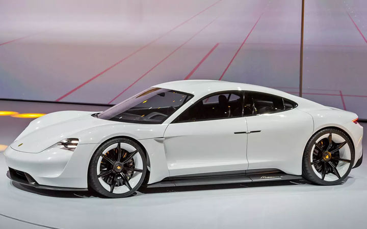 Новый Porsche Mission E 2019-2020 года