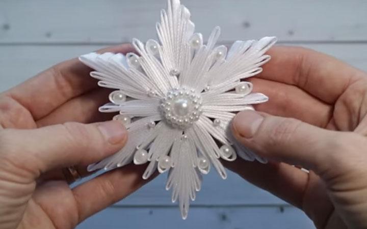 Снежинка канзаши пошаговая инструкция этап 8