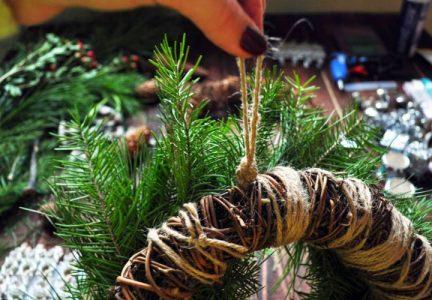 Инструкция по изготовлению новогоднего венка своими руками