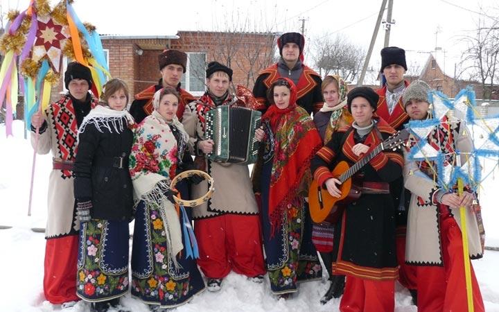 Традиции колядования в России