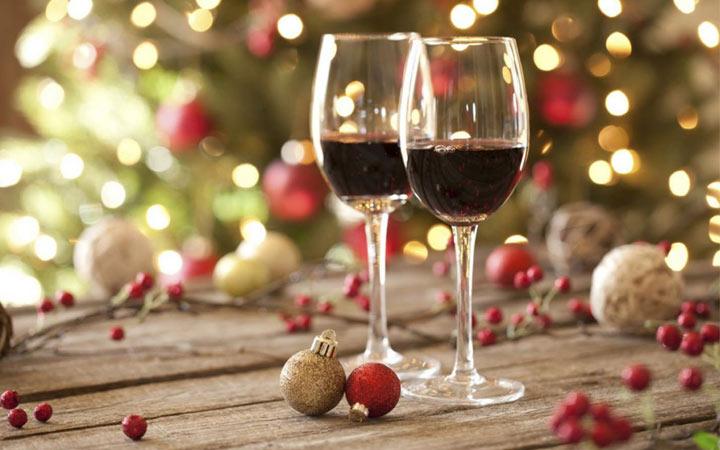 Вино и другие напитки на Новый Год 2020