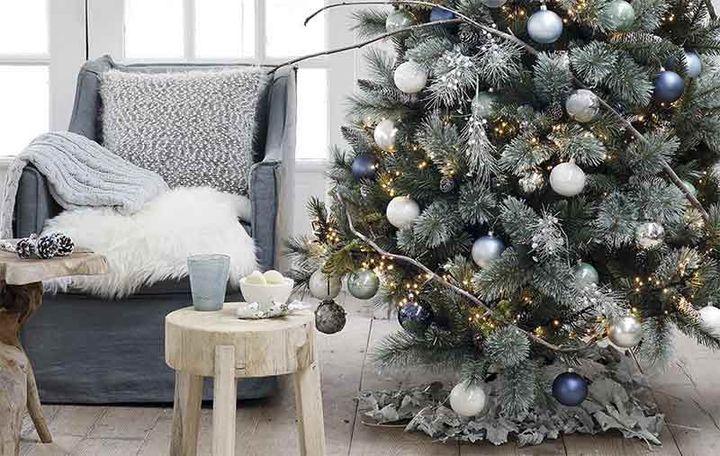 Монохромные елки на Новый год