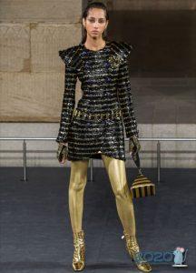 Блестящие короткие платья Шенель зима 2020