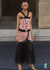 Вечернее платье Шанель осень-зима 2019-2020 с юбкой плиссе