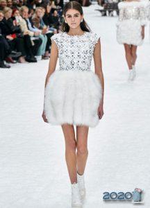 Меховая юбка от Шанель осень-зима 2019-2020