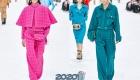 Яркие брючные костюмы Шанель зима 2019-2020