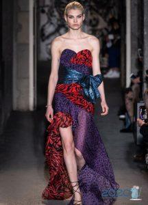 Модное асимметричное платье зима 2019-2020