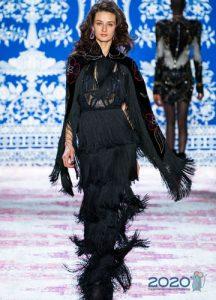 Черное новогоднее платье 2020 с бахромой