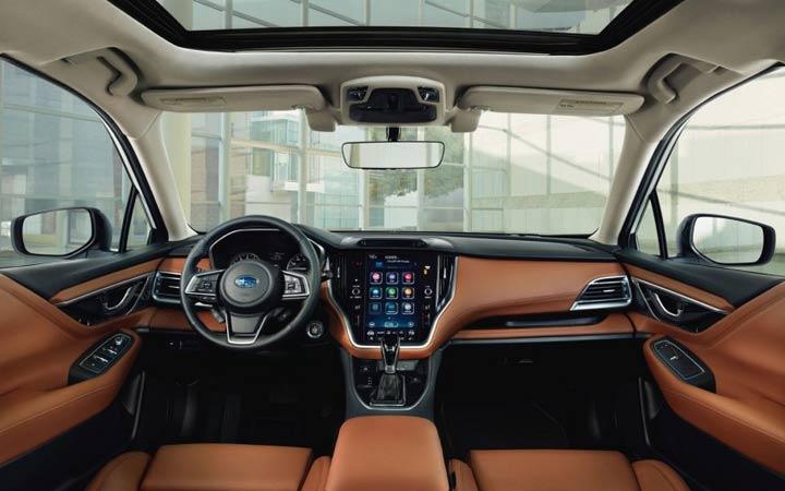 Интерьер Subaru Legacy 2020