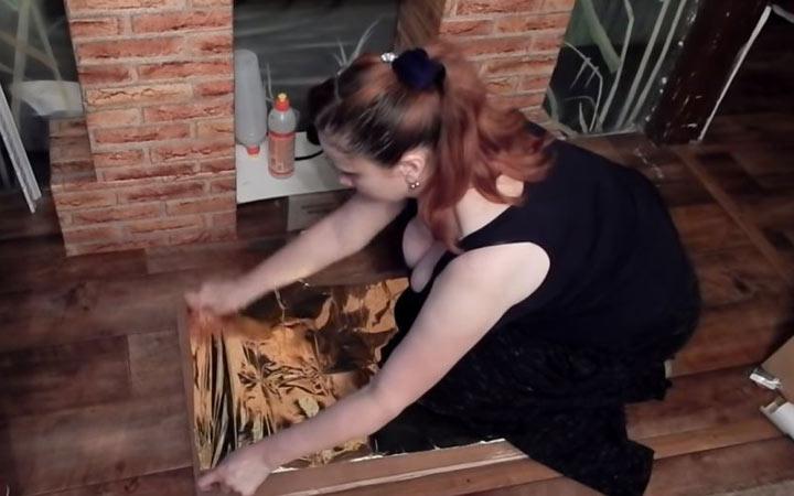 Камин из картонных коробок пошаговая инструкция шаг 7