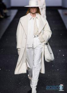 Белое пальто осень-зима 2019-2020