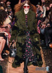 Модное меховое пальто осень-зима 2019-2020
