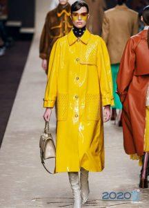Лимонное пальто осень-зима 2019-2020 года