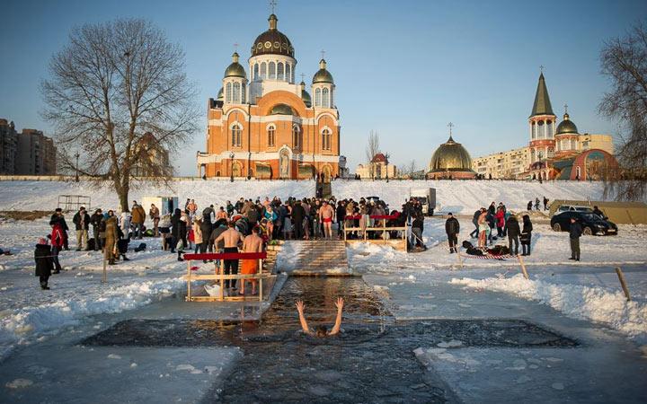 Крещение - праздники января 2020 года