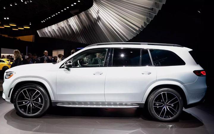 Габариты нового Mercedes GLS 2020