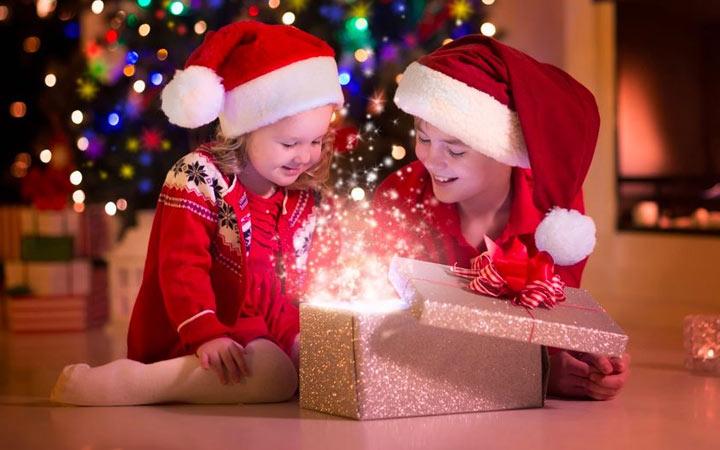 Интересные идеи подарка для девочки на Новый год 2020