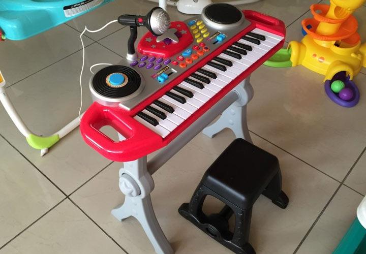 Синтезатор - новогодний подарок ребенку на 2020 год