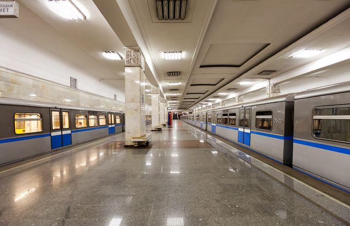 Станция метро Партизанская