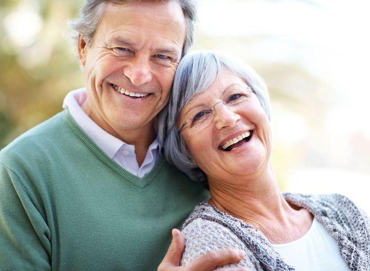 Мужчина и женщина пенсионного возраста